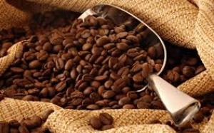 Café arábica passa cair mais forte nesta 2ª na Bolsa de NY com peso da oferta após avanços recentes