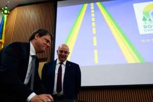 Governo lança programa de incentivo a caminhoneiros autônomos