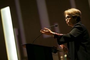 Tereza Cristina assina termo para fortalecer combate à corrupção