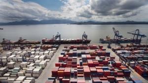 Brasil bate recorde na importação de químicos