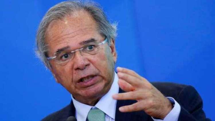 Economia brasileira ainda pode crescer 2,5% em 2020 apesar de crise global, diz Guedes
