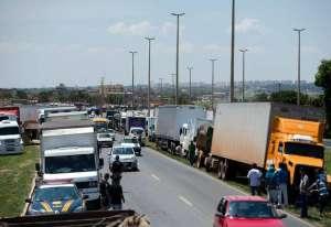 Caminhoneiros autônomos garantem que não farão greve no fim do mês