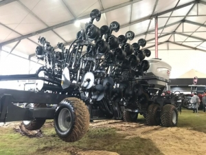 Você viu? Massey lança plantadeira dobrável com menor largura da categoria