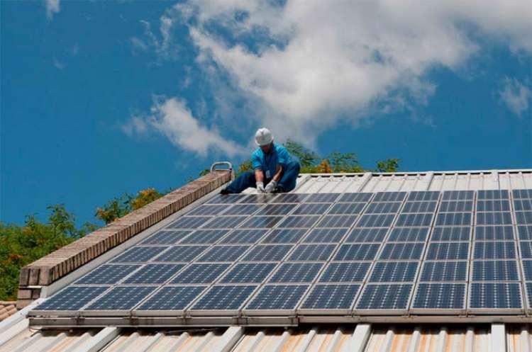 Senado debate imposto sobre energia solar