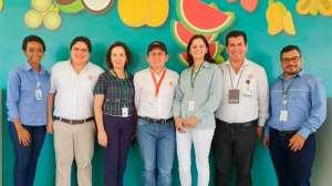 Colombianos visitam Centro de Excelência em Fruticultura do Senar