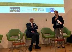 Ministra da agricultura defende produção sustentável do agro na Alemanha
